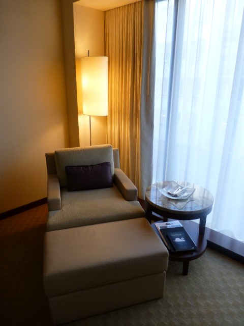 Park Hyatt Zurich - Standard Room - Seating Area