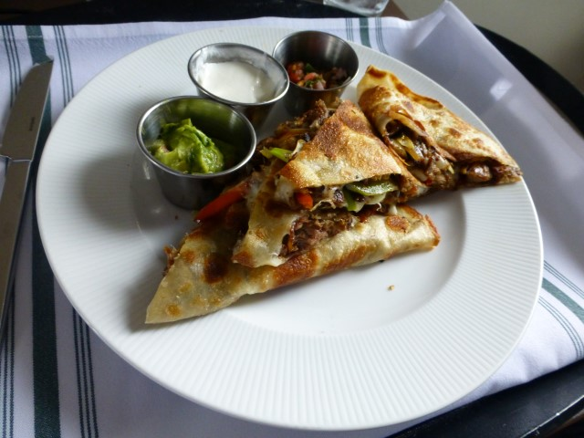 Quesadilla - Pretty tasty, but the salsa was one big garlicky mess